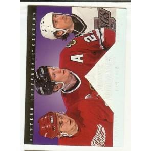 1994-95 Donruss Dominators Card #4 Wayne Gretzky Jeremy Roenick Sergei Fedorov
