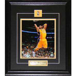 Kobe Bryant Los Angeles Lakers 8x10 Frame